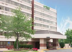 Wingate by Wyndham Springfield - Springfield - Building