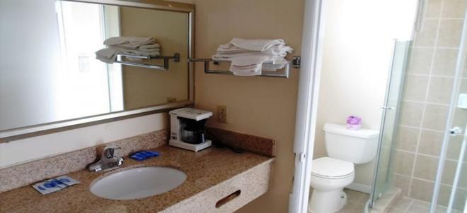 Stateline Economy Inn & Suites - South Lake Tahoe - Baño