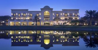Address Montgomerie - Dubai - Building