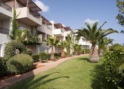 Grand Hotel Holiday Resort - Hersonissos - Bina