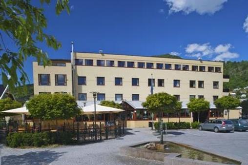 Best Western Laegreid Hotell - Sogndal - Building