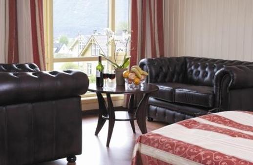 Best Western Laegreid Hotell - Sogndal - Living room