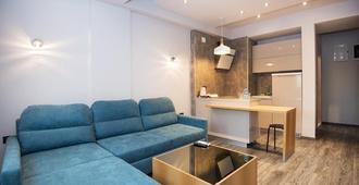 Hotel Vlaho - Skopje - Living room