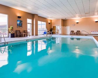 Best Western Plus Brandywine Inn & Suites - Monticello - Pool