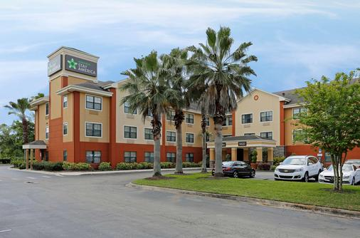 Extended Stay America - Orlando Theme Parks - Major Blvd. - Orlando - Building