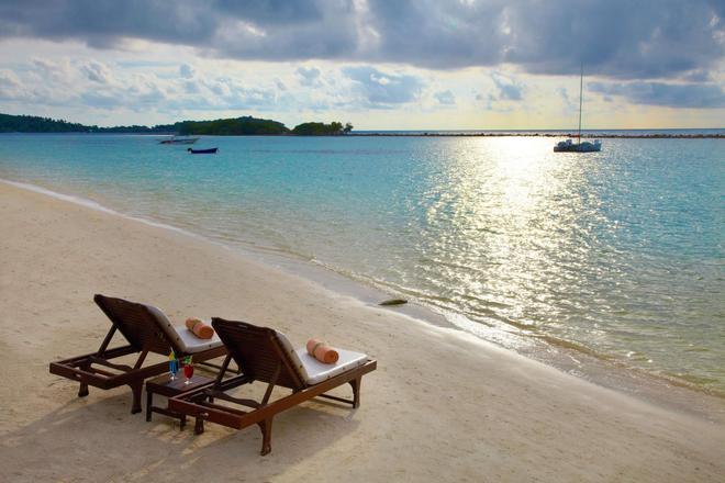 Chaweng Regent Beach Resort - Ko Samui - Beach