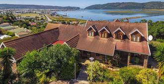 Hamilton Manor - Knysna - Building