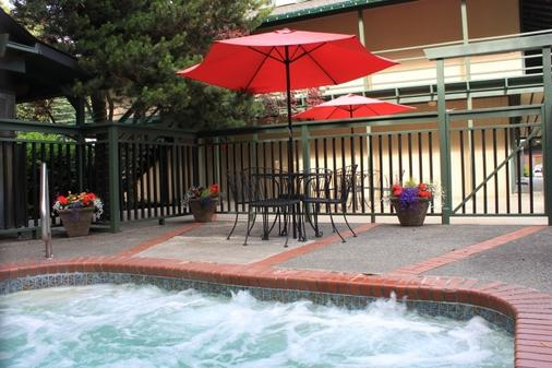 Discovery Inn - Friday Harbor - Pool