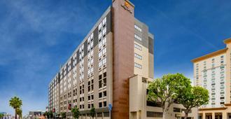 La Quinta Inn & Suites LAX - לוס אנג'לס - בניין