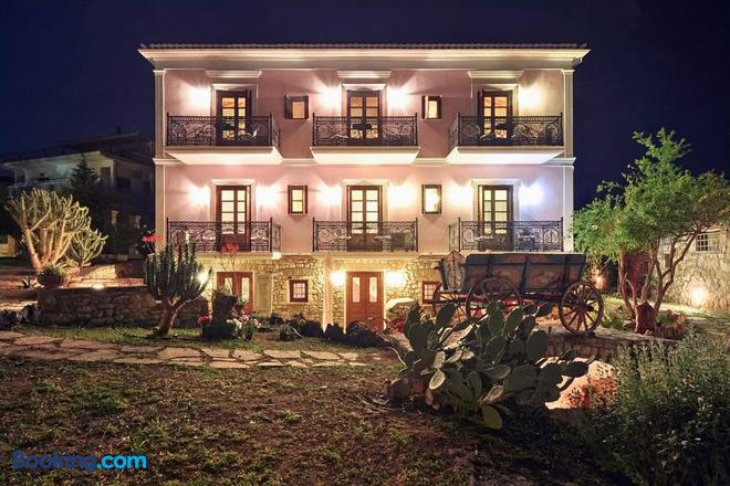 Archontiko Art Hotel - Galaxidi - Building