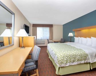 Days Inn by Wyndham Woodland - Woodland - Bedroom