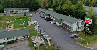 Brentwood Motor Inn - Marquette