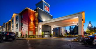 Best Western Plus Portland Airport Hotel & Suites - Portland - Edificio