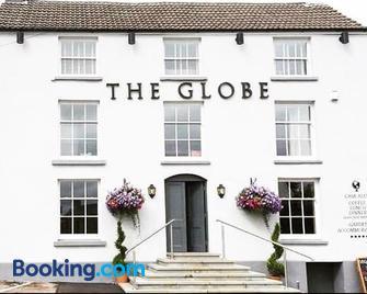 The Globe Inn Alvington - Lydney - Building