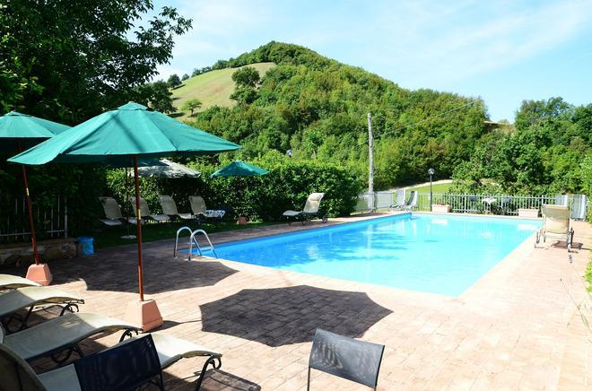 Selvicolle Country House - Castelraimondo - Pool