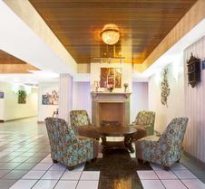 Days Inn & Suites by Wyndham Ridgeland