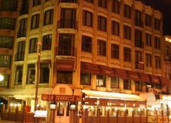 Hotel La Terrasse - La Panne - Bâtiment