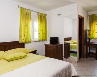 Rooms Vesna - Kastela - Спальня