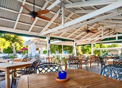 Sand Castle on the Beach - Adults Only - Frederiksted - Restaurant