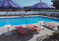 Karmi Studios & Apartments - Chania - Pool