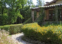 Camping Il Boschetto Di Piemma - San Gimignano - Vista del exterior