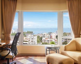 President, Mumbai - Ihcl Seleqtions - Mumbai - Living room