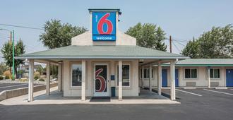 Motel 6 Fallon - Fallon - Building