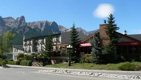 The Drake Inn - Canmore - Edificio
