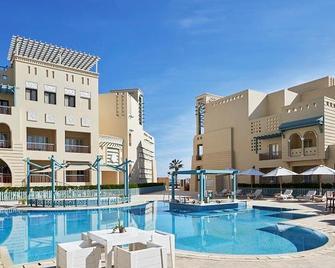厄國納馬賽克酒店 - 艾高娜 - El Gouna - 游泳池