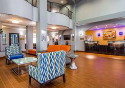 Best Western Plus Barsana Hotel & Suites - Oklahoma City - Aula