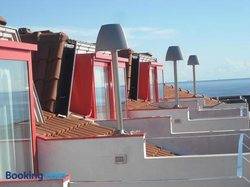 Hotel Residenza Giardino - Bellaria-Igea Marina - Building