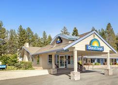 Days Inn by Wyndham South Lake Tahoe - South Lake Tahoe - Gebäude