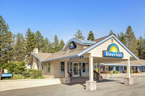 Days Inn by Wyndham South Lake Tahoe - South Lake Tahoe - Building