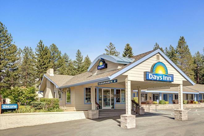 Days Inn by Wyndham South Lake Tahoe - South Lake Tahoe - Rakennus