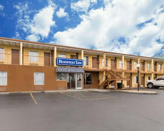 Rodeway Inn - Hopkinsville - Building