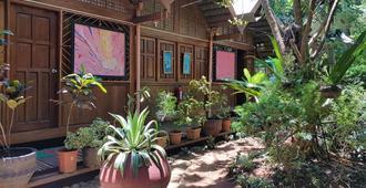 Sheebang Hostel - Puerto Princesa - Θέα στην ύπαιθρο
