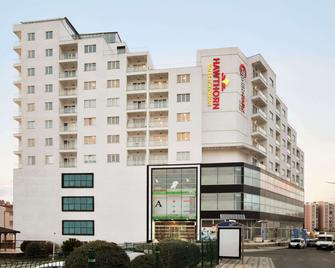 Hawthorn Suites by Wyndham Cerkezkoy - Cerkezkoy - Building