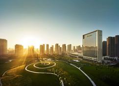 Shangri La Hotel Tangshan - Tangshan - Vista del exterior