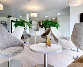 Brit Hotel Vendee Mer - La Mothe-Achard - Lobby