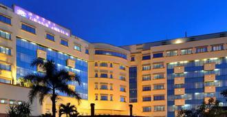 Grand Aquila Hotel Bandung - Bandung - Building
