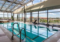 克拉科夫曲布斯酒店 - 克拉科夫 - 克拉科夫 - 游泳池