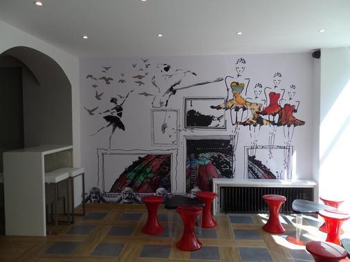 Perfect Hotel & Hostel - Paris - Living room