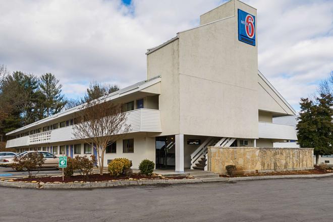 Motel 6 Knoxville North - Knoxville - Rakennus