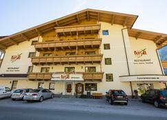 Hotel Persal - Finkenberg - Building