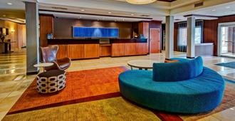 Fairfield Inn & Suites Oklahoma City Airport - Oklahoma City - Front desk