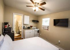 Remodeled Studio Near Downtown - San Antonio - Chambre