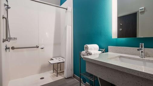 Best Western Plus Ruston Hotel - Ruston - Baño