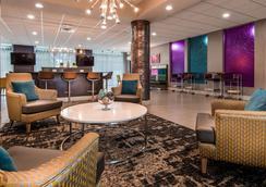 Best Western Plus Ruston Hotel - Ruston - Sala de estar