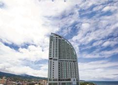 Best Western The Lagoon Hotel - Manado - Building