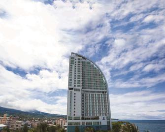 Best Western The Lagoon Hotel - Manado - Gebäude
